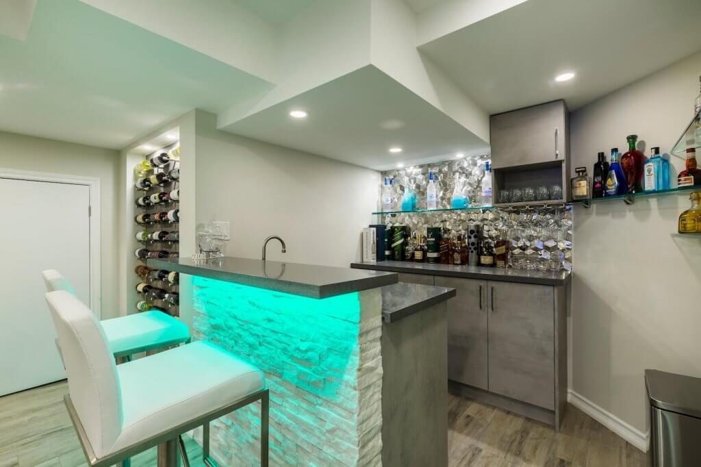 Basement Wet Bar in Toronto